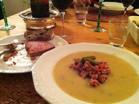 Potatis- och silverlökssoppa med paté